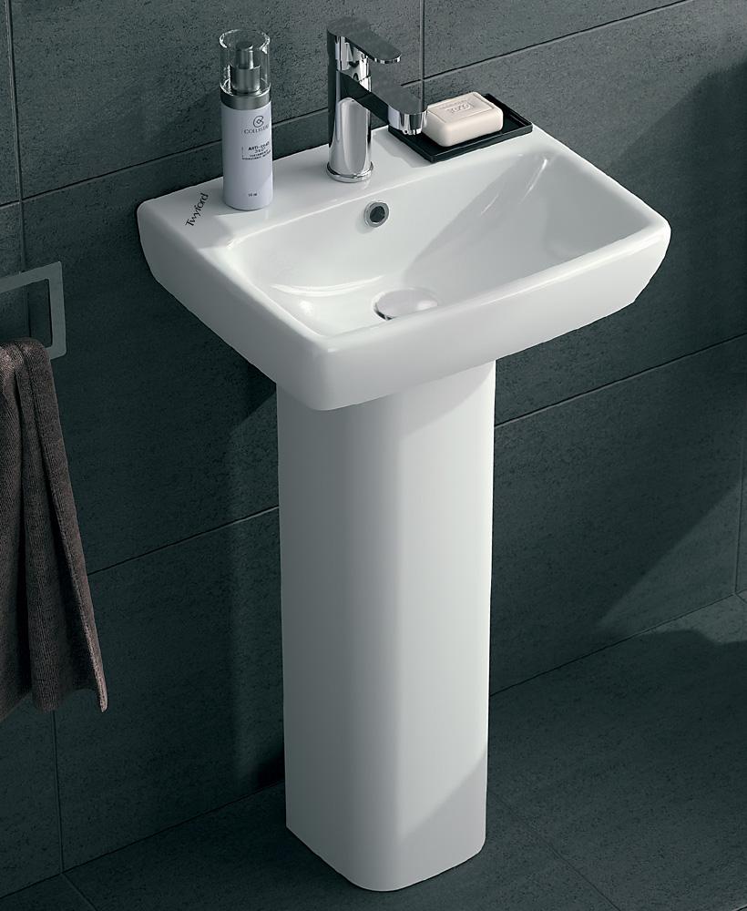 E100 Square 450 Basin & Pedestal