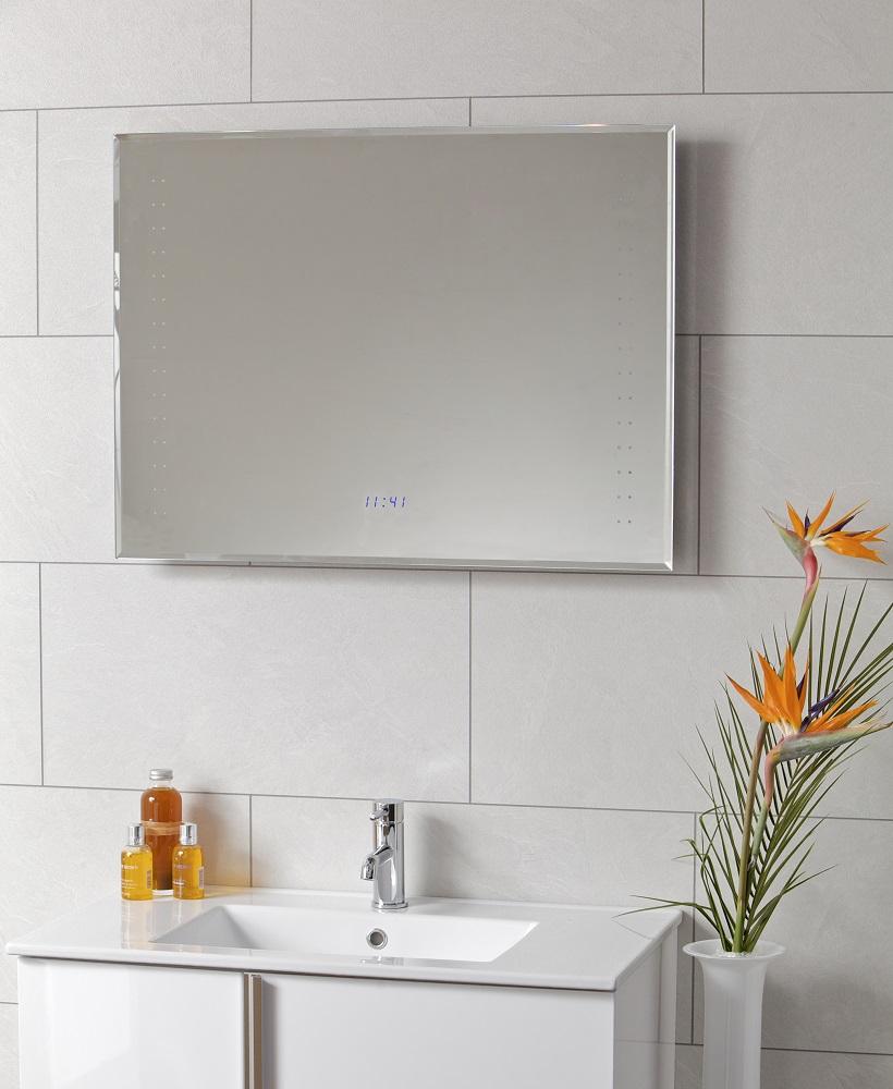 Horizon LED Clock Mirror 800 x 600