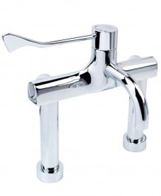 Lever operated thermostatic hospital tap