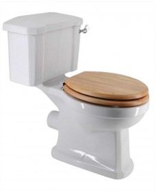 Westbury Traditional Close Coupled Toilet & Oak MDF Soft Close Seat